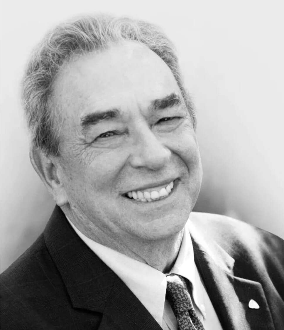 Dr. Robert Charles Sproul portrait photo